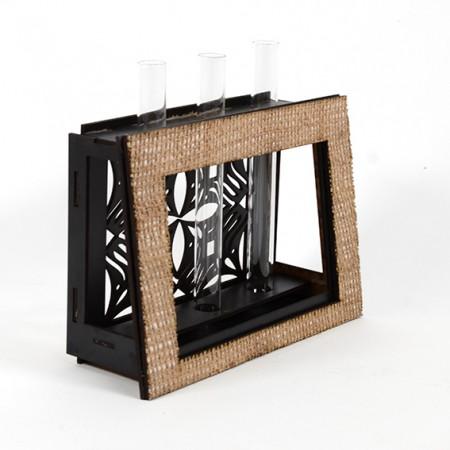 Дървена ажурна кашпа-ваза: Рамка - празна