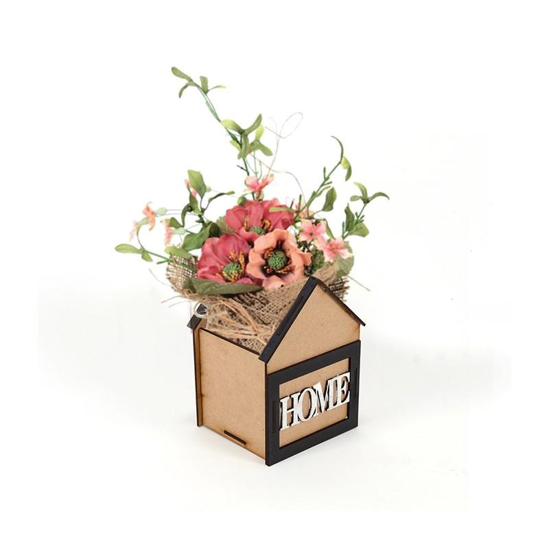 Дървена кашпа: Къщичка с надпис HOME (Пролетна кашпа) - с цветя