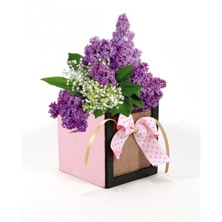 Дървена кашпа Барселона с розова панделка (Пролетна кашпа) - с цветя