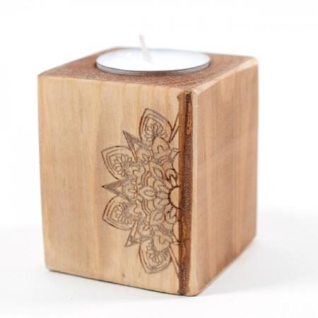 Дървен свещник Мандала (дизайн 2)