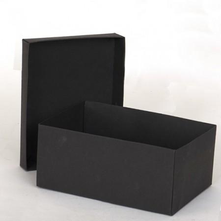 Кутия: 17x12x5 см с отделен...