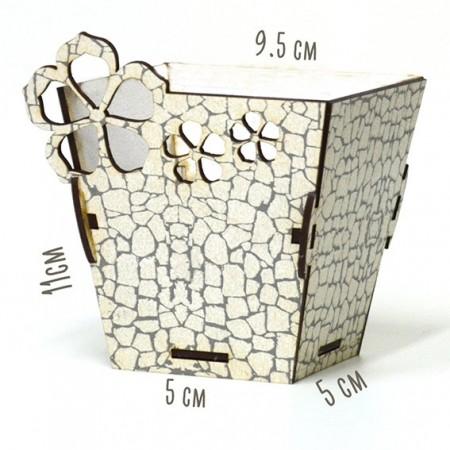 Дървена кашпа - малка бял камък