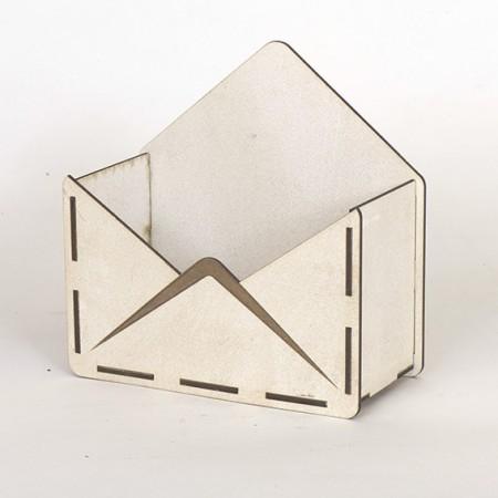 Дървена кашпа - тип плик - бял