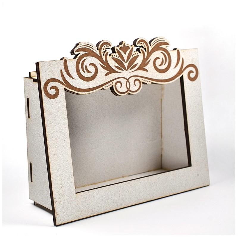Дървена кашпа - рамка - бяла