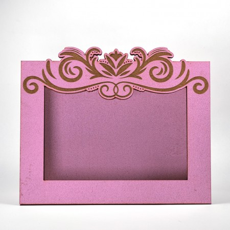 Дървена кашпа - рамка - розова